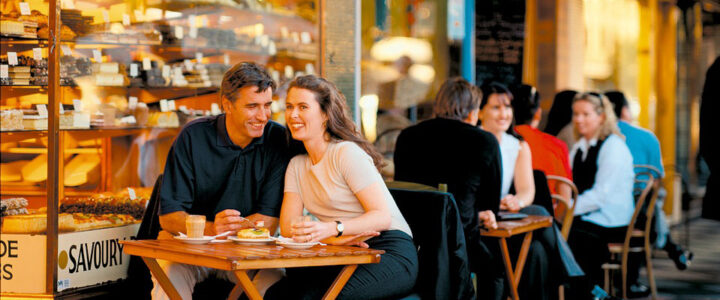 How To Attract Customers to Your Restaurant?